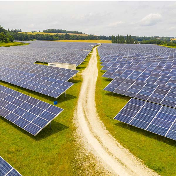 The first phase of  unblocking in spain has launched seven photovoltaic projects in may